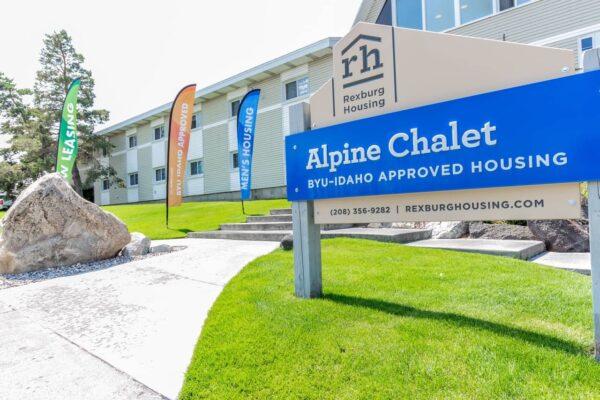 Alpine Chalet34