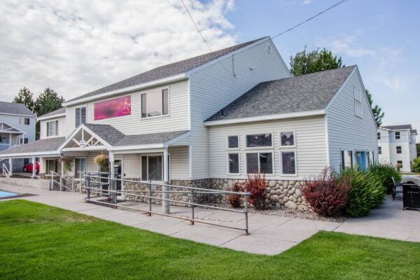 Brookside Village34